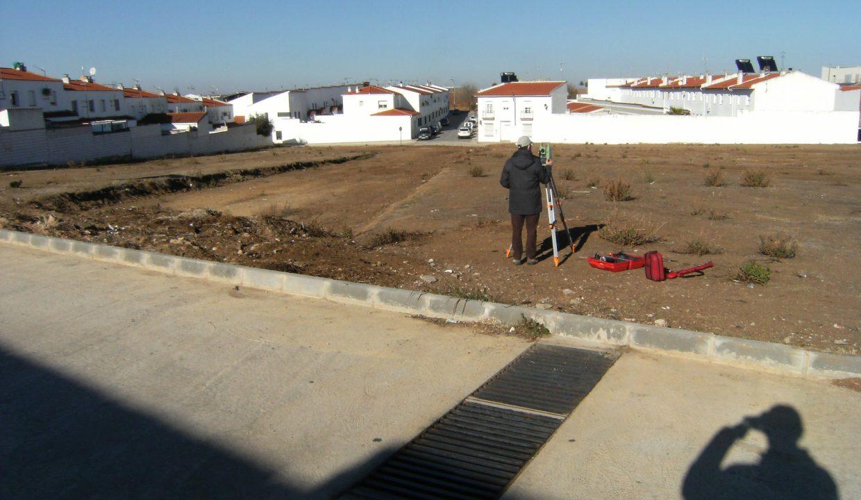 Foto solar y calle parcelas Ribera del Fresno