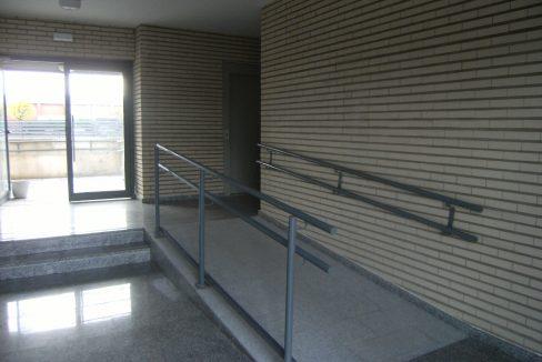 Villanueva 20 entrada portal